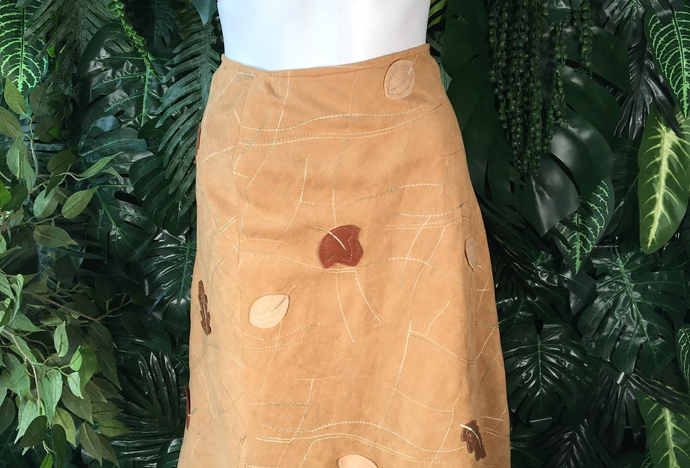 Light suede leaf patch skirt (size 8)