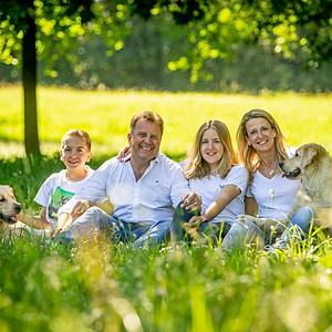 Familienshooting mit Hund