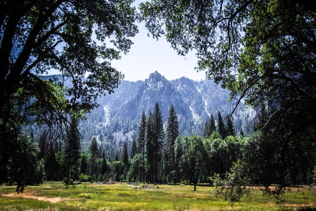 YosemitePeak_1.JPG