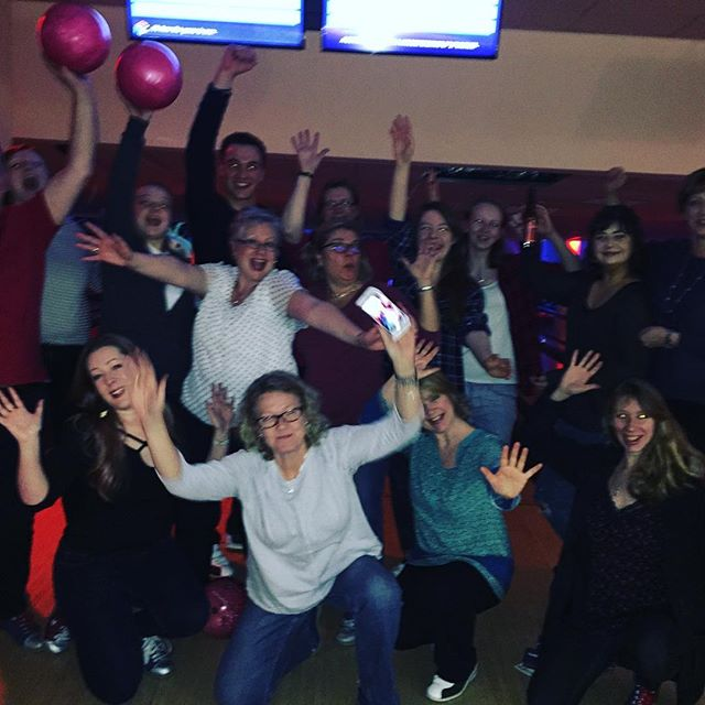 Having way too much fun #gujcjazzchoir #bowling #choirlove #choir #happyfamilies #spectrum #guildfor