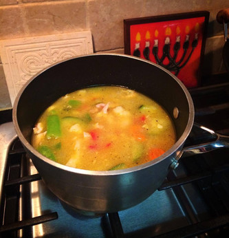 Simple Vegetable and Chicken Soup