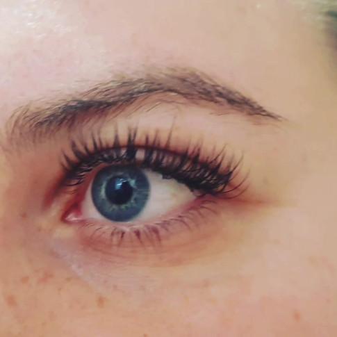 Classic Semi-permenant Cashmere Eyelash Extensions