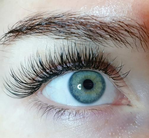 Cashmere eyelash extensions