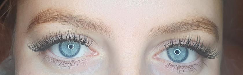 Classic Semi-permenant Individual Cashmere eyelash extensions