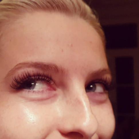 Classic Mink Semi-permanent Eyelash Extensions