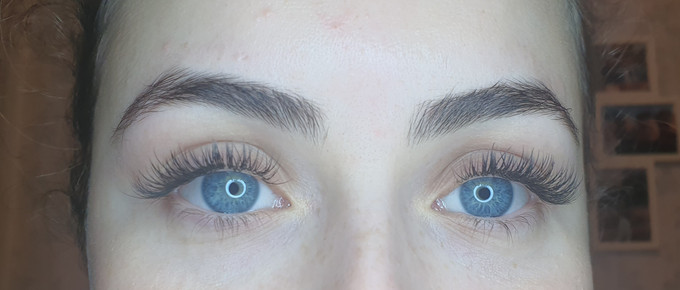 Classic Individual Semi-permenant Eyelash Extensions