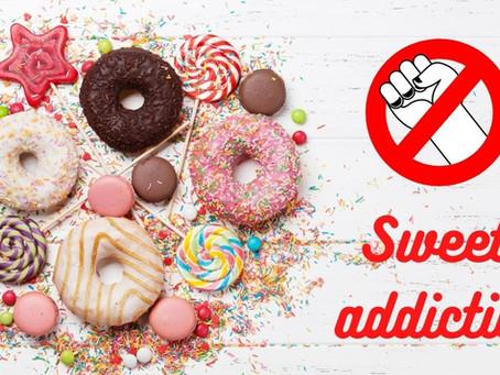 食べるのが止まらない!お菓子中毒を抜け出す方法