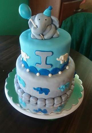 Elephant baby cake
