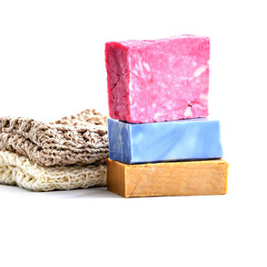 5 reasons to use a washcloth in the shower
