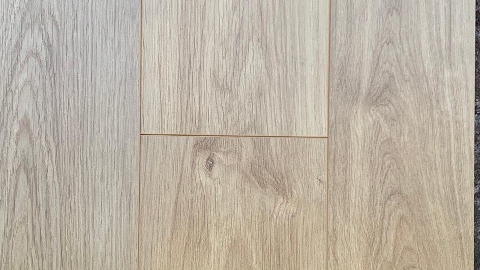 Laminate flooring colour:98001 7 1/2 inch width x12.3mm AC4