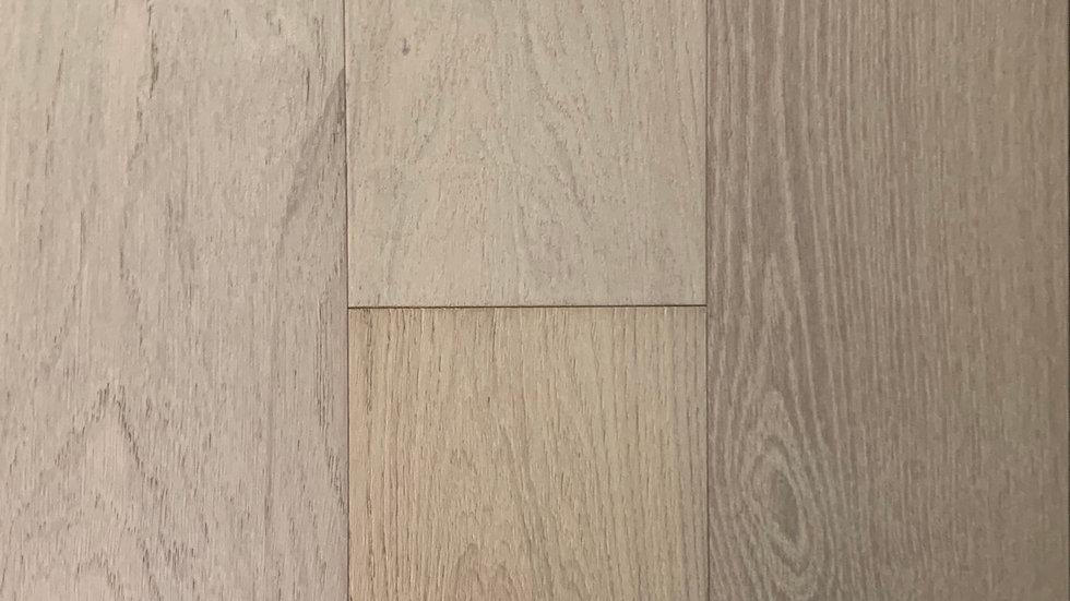 Origins oak  engineered hardwood  6 1/2 inch x3/4 colour :subtle white