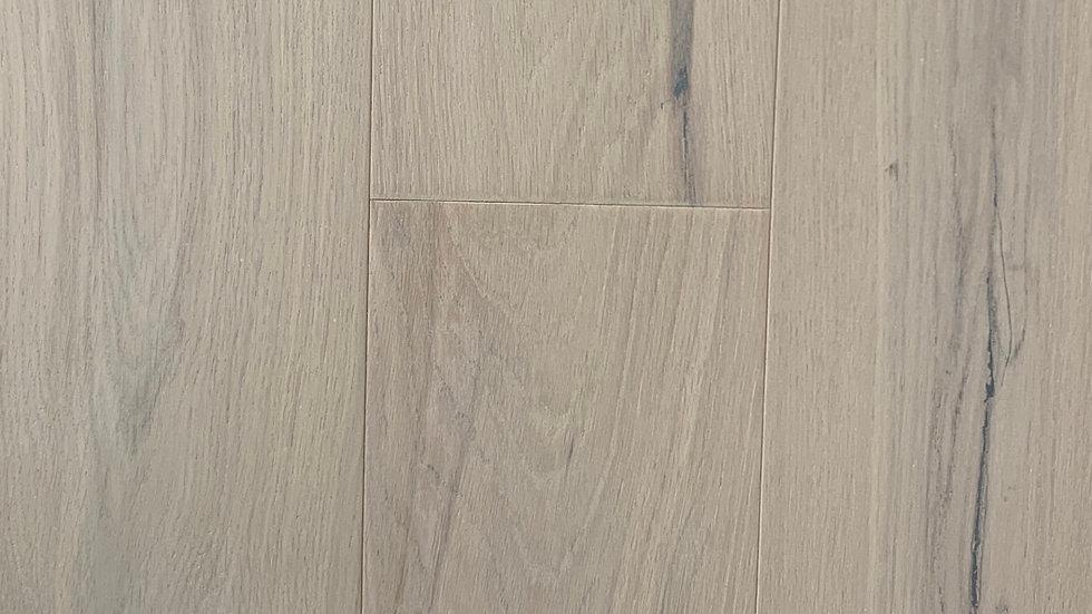 Oak engineered hardwood  6 1/2 inch width x3/4 day break