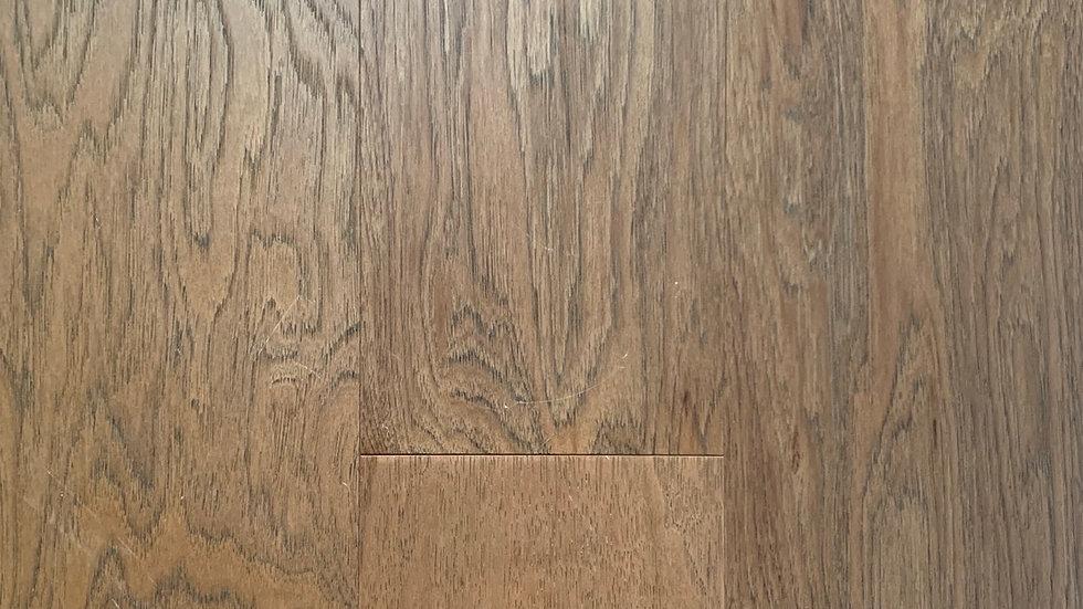 Engineered hardwood hickory 71/4 width x3/4  colour :bayside