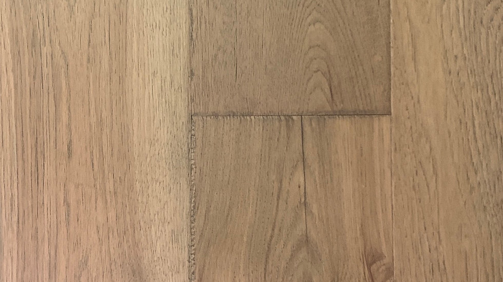Engineered hardwood hickory colour :Chesterfield  7 1/2 x 3/4