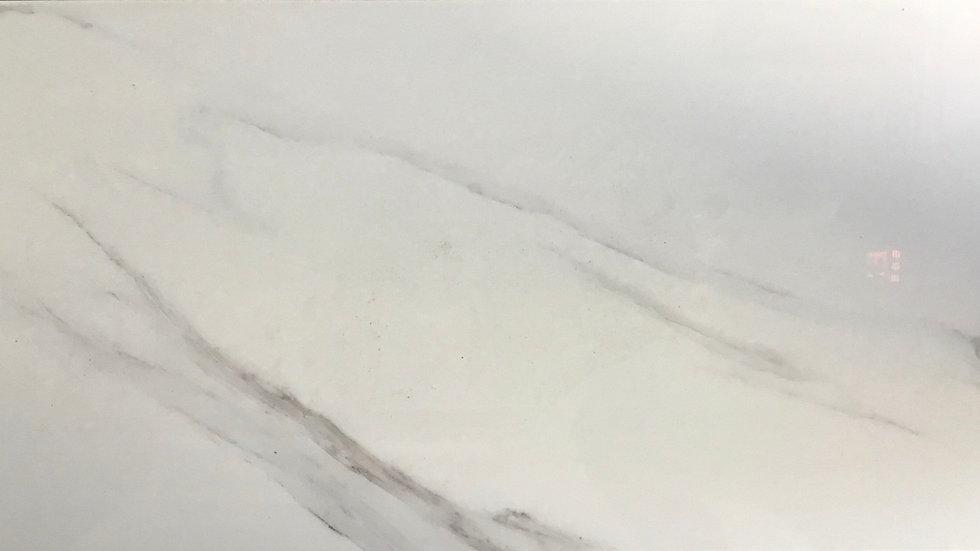 White Carrera waves 10mm Porcelain tile