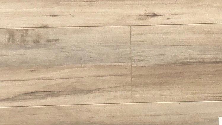 12mm AC4 laminate flooring E1620