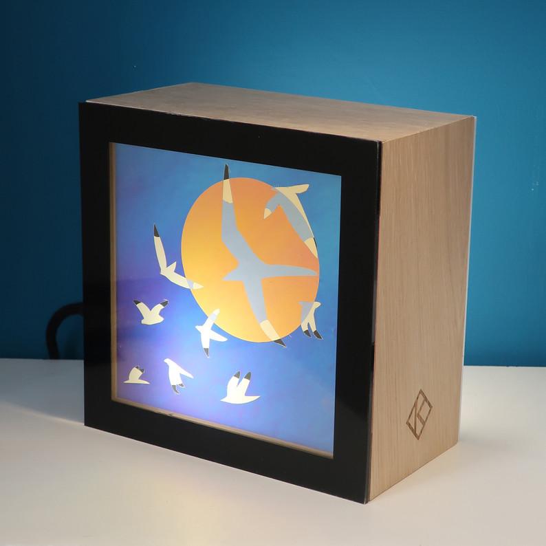 "lampe KINO motif ""vol de mouettes"""