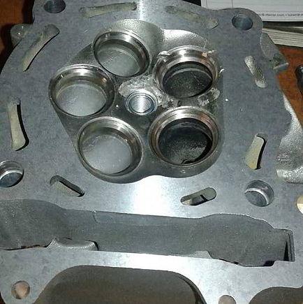 Rectificado válvulas de una Yamaha YZF 450 del 2007