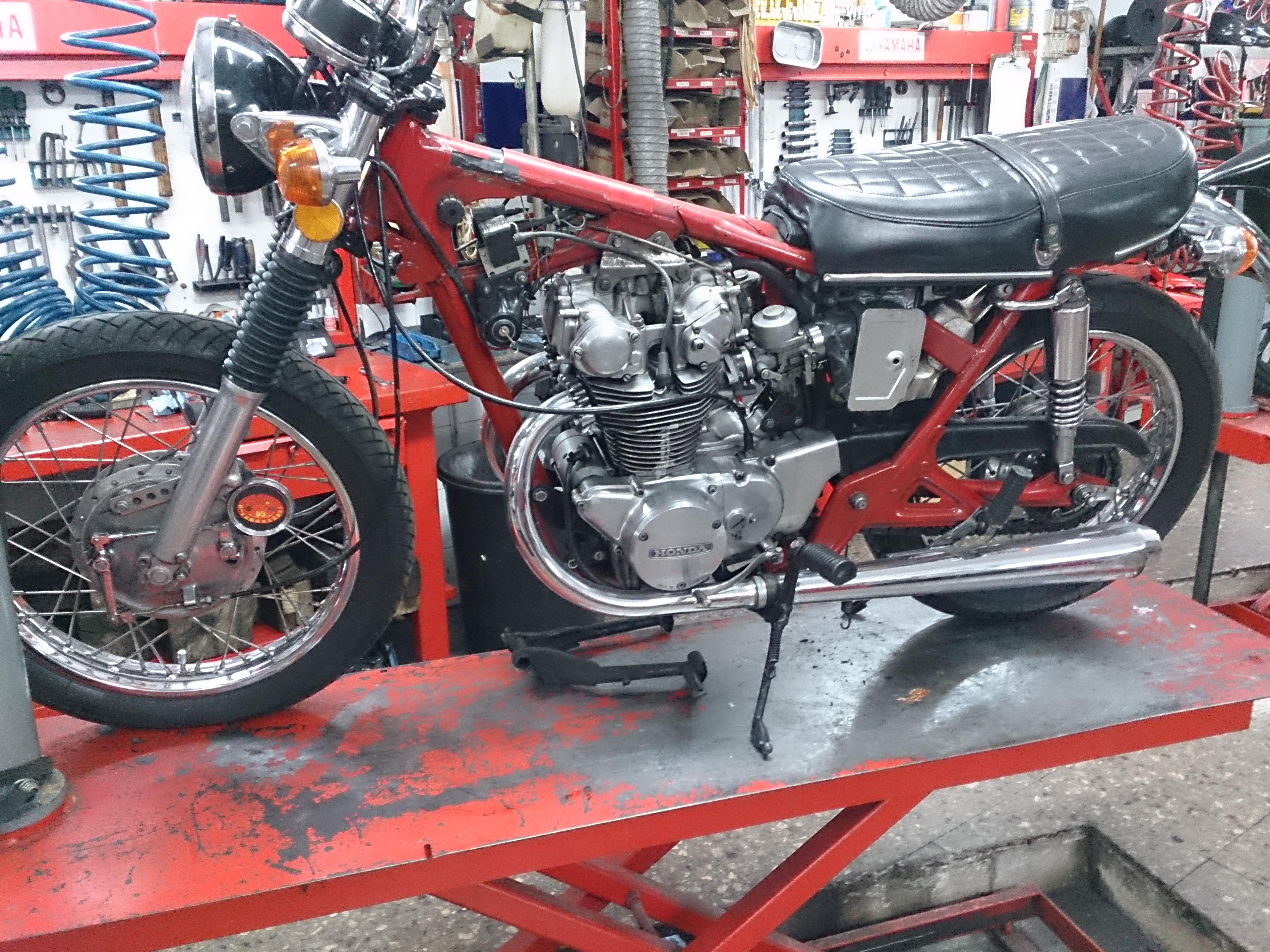HONDA CB450 1972 - 2
