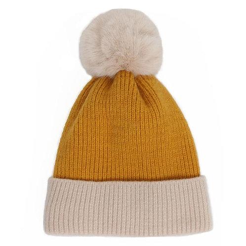 Powder Bonnie Pom Pom Hat