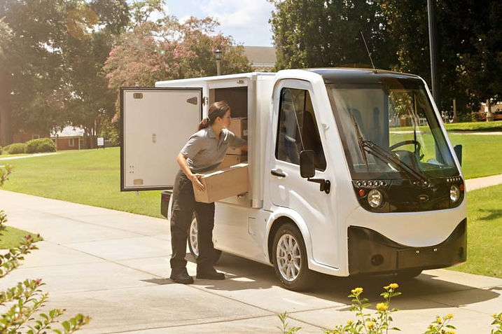 Club-Car-411-with-Van-Box-on-University-