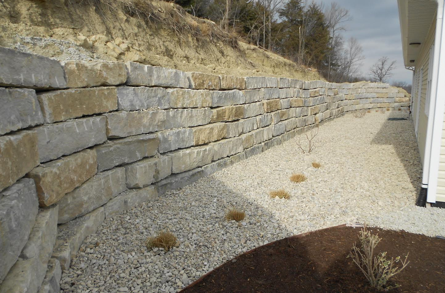 Large Rock retaining wall, Master Landscape, Inc.