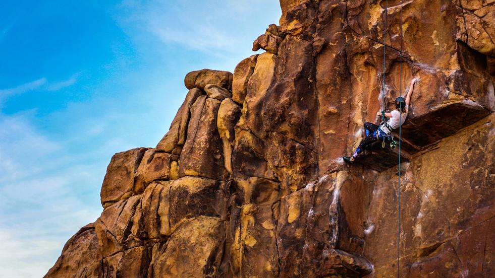 Climbing JTree underclings, CA