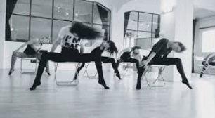 IGZMember~SKYLINE Chair Dance