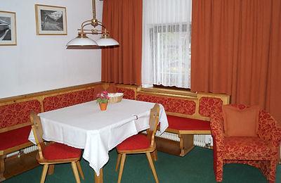 Appartement 4 mit Balkon (1).JPG
