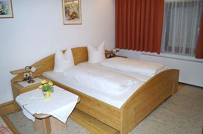 Appartement 4 mit Balkon (3).JPG