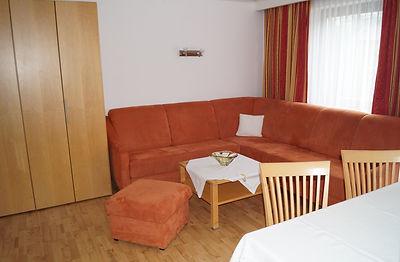 Appartement 5 mit Balkon (4).JPG