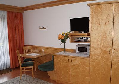 Appartement 6 mit Balkon (3).JPG