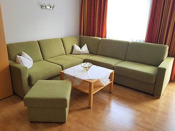 Appartement 5 mit Balkon (04).jpg