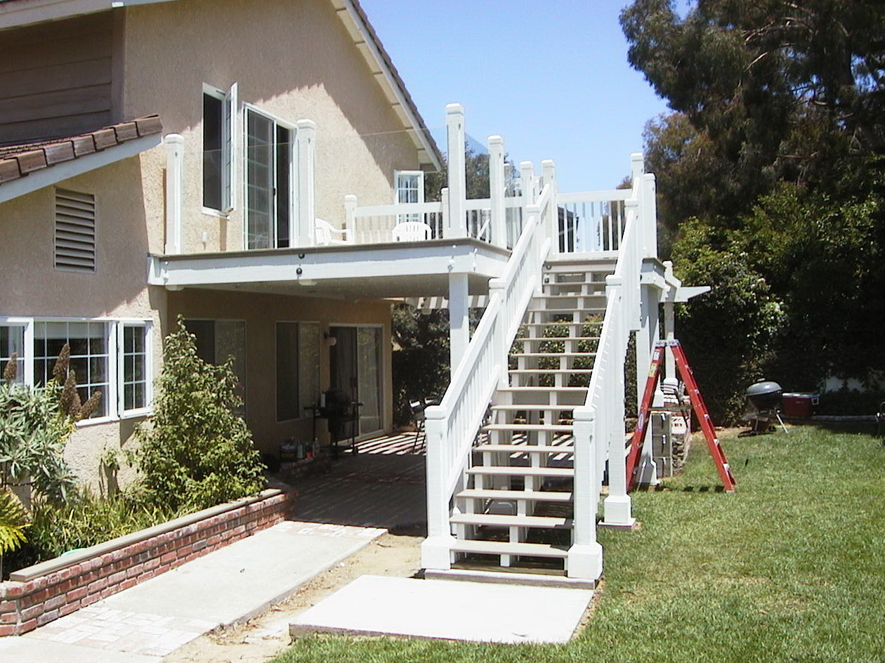 Master bedroom deck and staircase 2/2