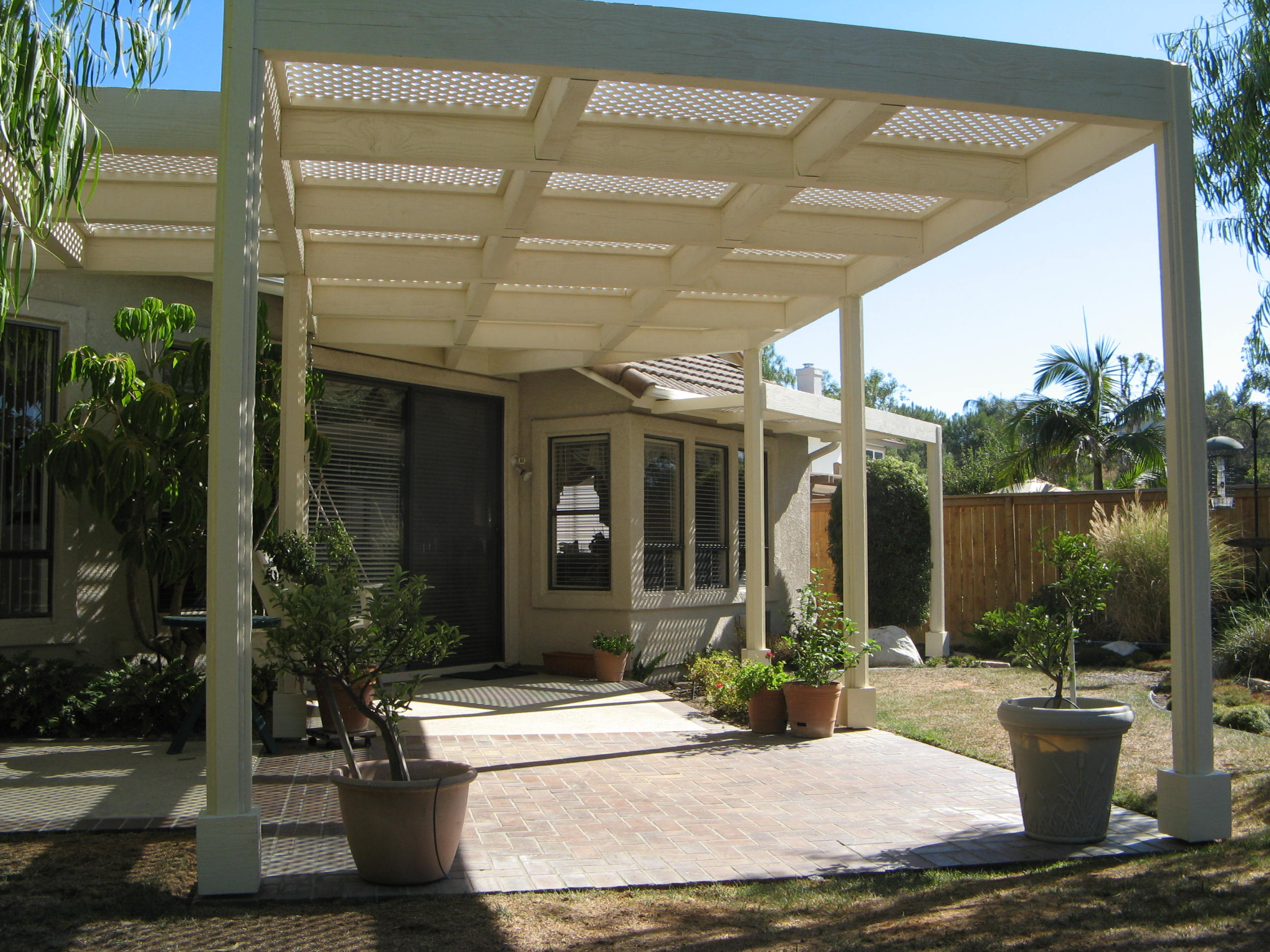 Custom patio cover 2/2