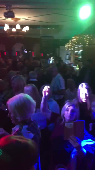 Frankie Heart live at The Old Crowne Bradford 2019