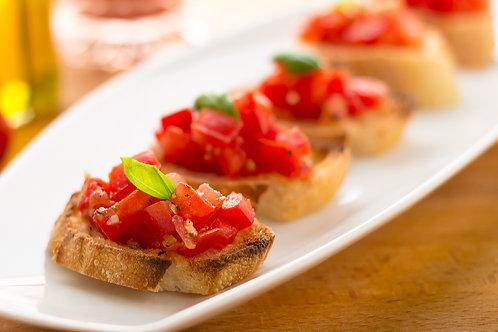 Мини брускетты с томатами и базеликом-3шт.