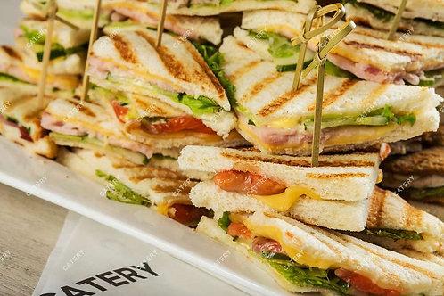Мини сэндвичи с лососем 4шт.