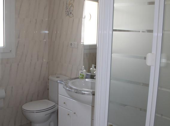 Dusche/WC zu Schlafzimmer 3