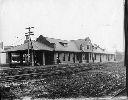 Chehalis Depot Almost Ready 1912.jpg