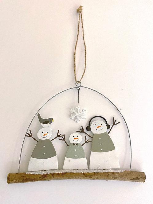 Hanging Snowmen Family Decoration