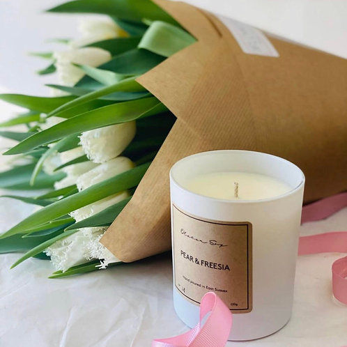Olsten Soy Pear and Freesia Candle