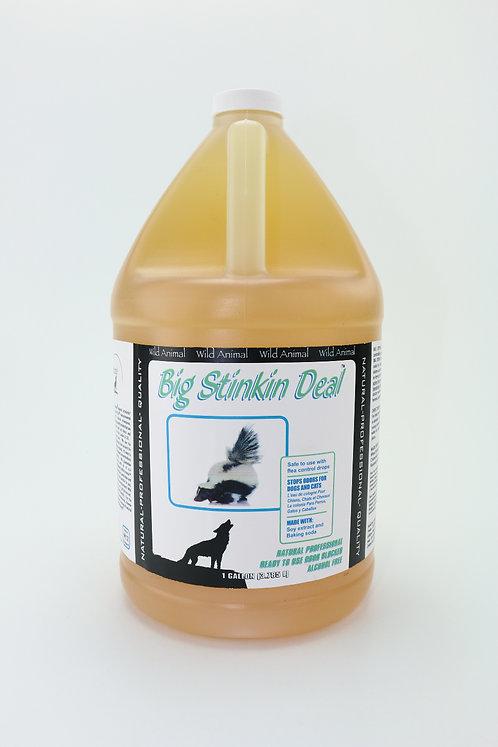 Big Stinking Deal Odor Spray by Wild Animal - Gallon