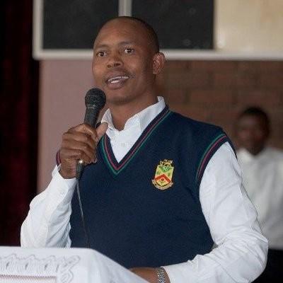 Zweli Ndese