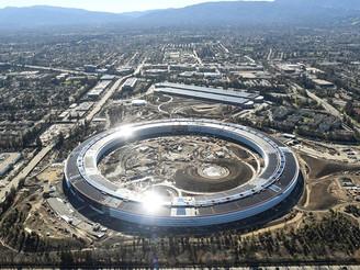"""A Apple lança mais um """"título verde"""" de US$ 1 bilhão para energia solar, eólica e armazenamento de e"""
