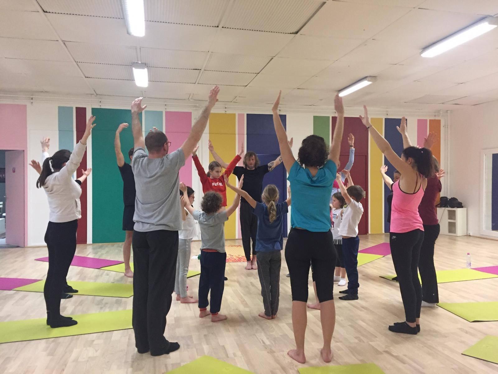 yoga pe10