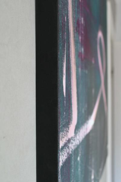 Kant målad svart på målningen Like they´re dancing with us