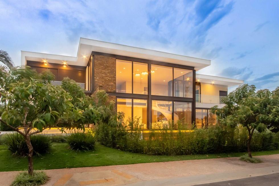 JR&M HOUSE