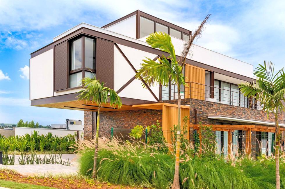 R&D HOUSE