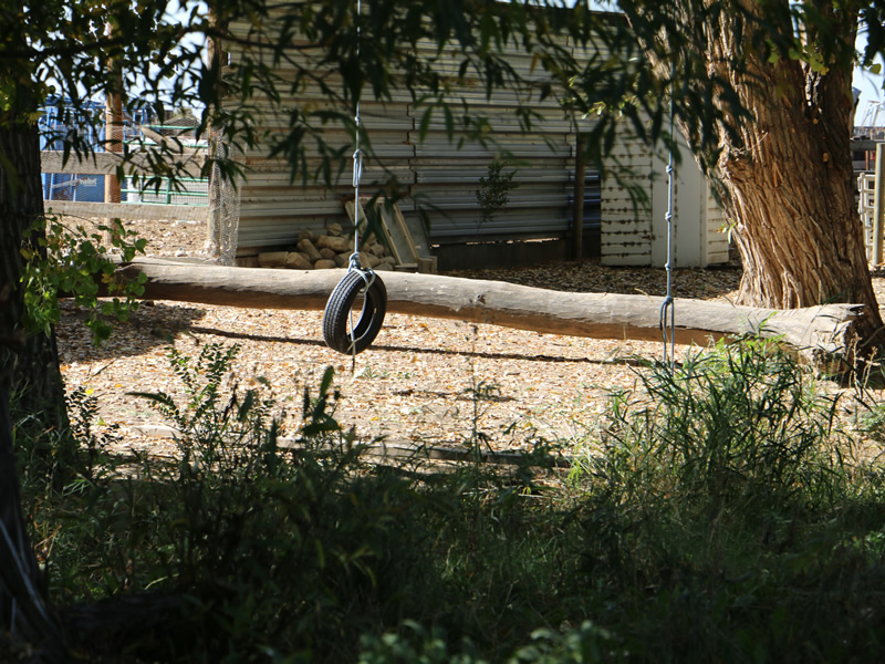 Swan-Meadow-Cottages-Swing